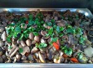 Гарнир. Шампиньены с овощами.Pilze mit Gemuse